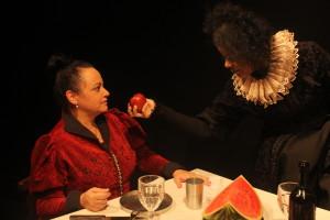 Espetáculo O Banquete de Ricardo, da Porto Cênico (Itajaí/SC) - Foto: Ana Beatriz