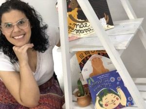 Escritora Caroline Carvalho/Divulgação